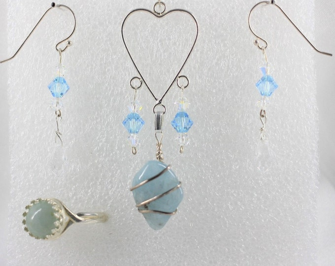 Aquamarine - Pendant Set - Free Ring