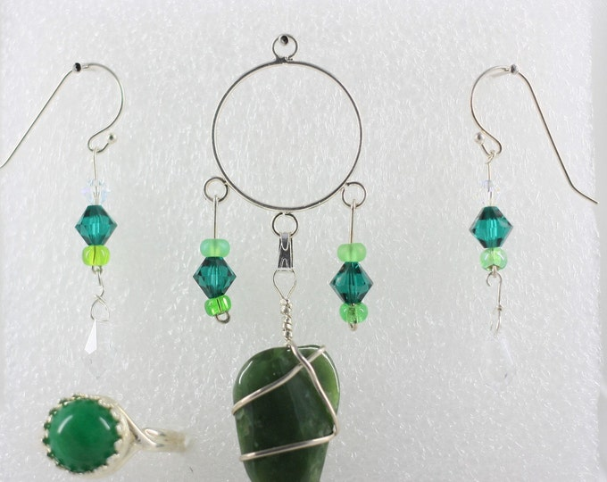 Jade - Pendant Set - Free Ring