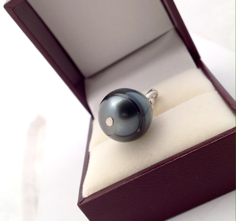 AAA Yellow Gold Tahitian Pearl White Gold 925 Sterling Silver Tahitian Pearl Pendant South Sea Pearl 9k Solid Gold 13.5 x 18mm