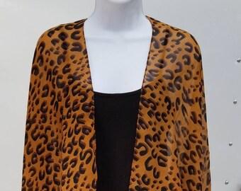 c912d4d604703 Kimono Jacket in Lightweight Chiffon - Leopard Print Design - Bohemian  Fashion - Classic Clothing - Plus Size