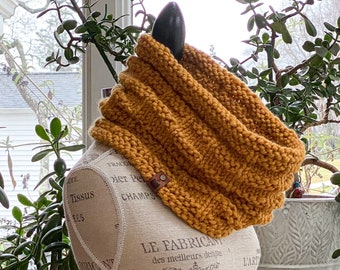 Cornwall Cowl // Butternut Cowl // Ready to Ship // •Free Shipping•