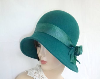 bfecfa9c3bb0b Custom 1920 s flapper Cloche