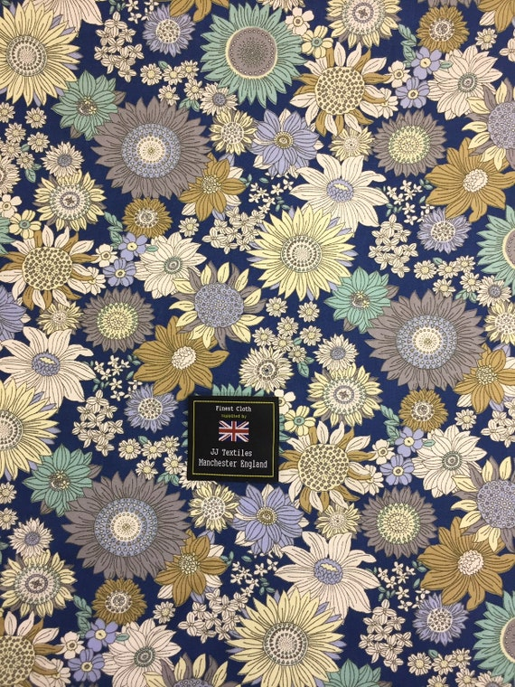 Per Metre 100/% Viscose Fabric with Flowers Two Colourways