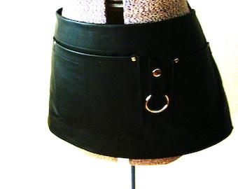 Black Leather 3 pocket Half Apron Unisex, Workshop, Wood shop, Artist, Tattooist,  Barber, Florist, Teacher, Made in Canada
