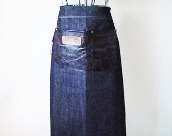 Black Denim and Leather Bistro Apron with towel/tool ring.  staff, cafe, coffee shop, waitress, waiter, home cook, made in Canada