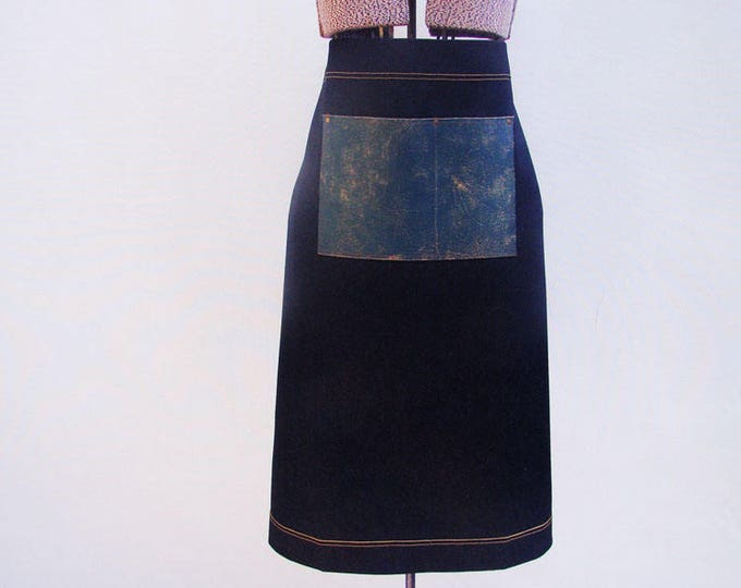 Retro Denim and Leather pocket Bistro Apron with a towel/tool ring Unisex Personalized, Barista, Cafe, Vendor, Hipster. Made in Canada