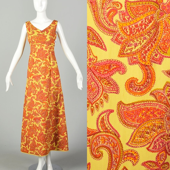 Vintage 1970s Bohemian handmade front Pockets Sleeveless sAge ANd Yellow Vest