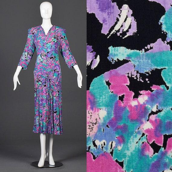 Medium 1980s does 1940s Rayon Dress Vintage Floral