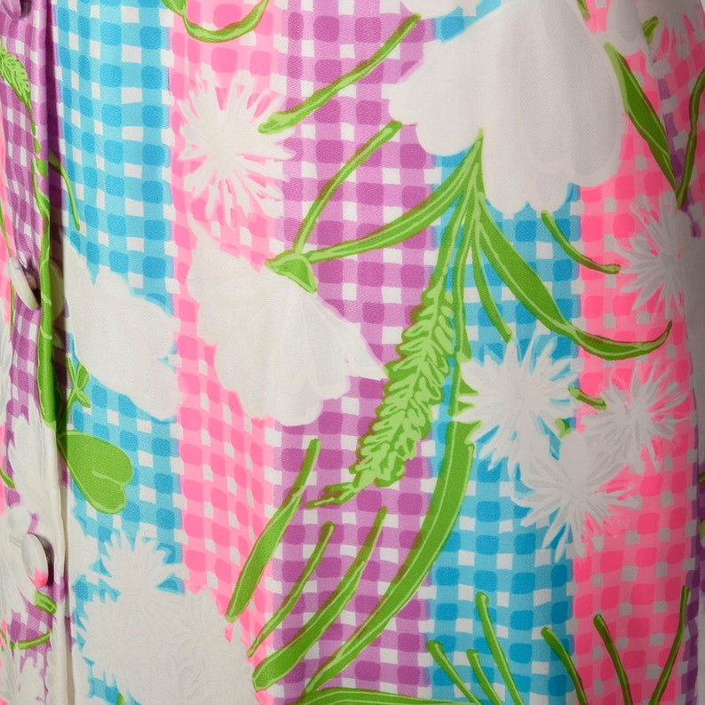 Large Maxi Dress 1970s Colorful Bright Floral Belt Long Sleeve