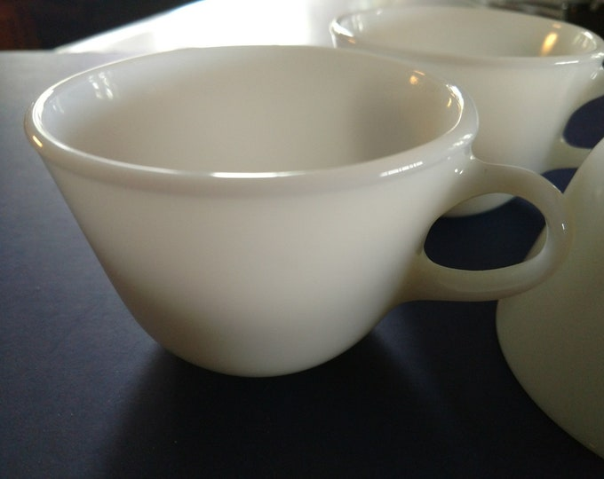 PYREX - CORNING - Coffee / Tea Cups - Set of Four - Milk White Pattern - circa 1970s.