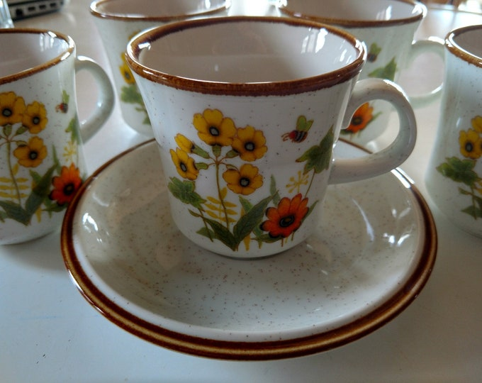"MIKASA - Cup & Saucer Set - ""Fresh From the Garden"" - Japan - EXCELLENT CONDITION - Late 1970's - C9060 Pattern"