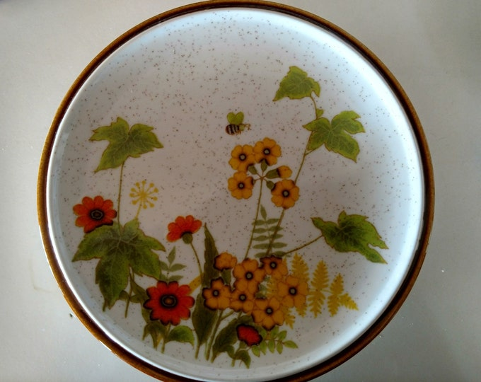"MIKASA - Salad / Dessert Plate - ""Fresh From the Garden"" - Japan - EXCELLENT CONDITION - Late 1970's - C9060 Pattern"