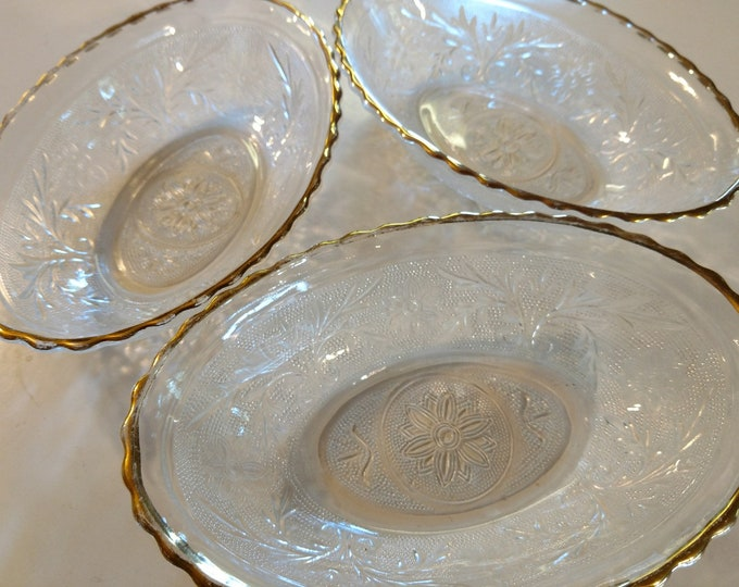 SANDWICH GLASS - Oval Serving Bowls - Clear w/ Gold Trim - Set of 3 - Anchor Hocking - circa 1950's