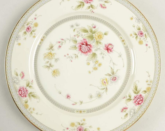 MIKASA - Dinner Plate - Devonshire (Grande Ivory) - Japan - EXCELLENT CONDITION, never used