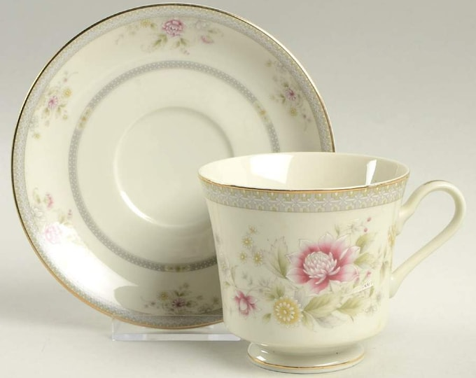 MIKASA - Cup & Saucer - Devonshire (Grande Ivory) - Japan - EXCELLENT CONDITION, never used