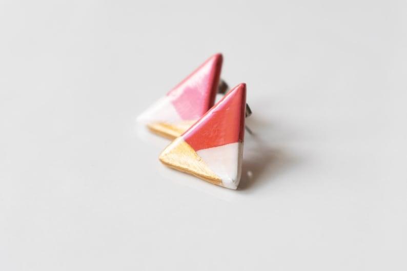 Minimal summer coral lobe earrings. Geometric ceramic jewelry image 0