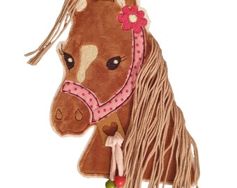 Horse 3 D with mane patch, application