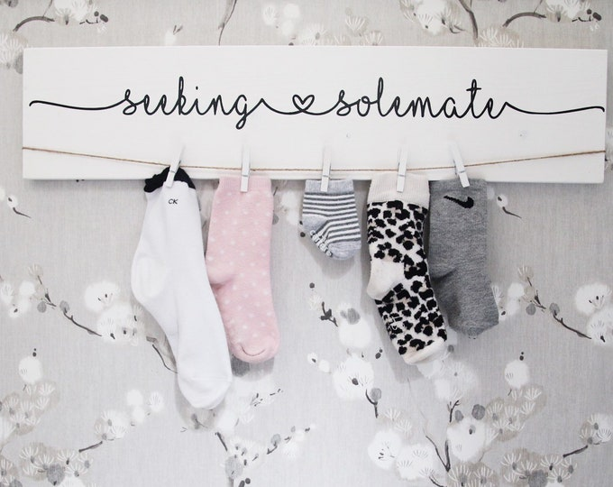 "Laundry Sign |  24"" Seeking Solemate"