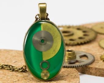 """Pendant """"tick-tock"""" upcycled with machinery of watches"""