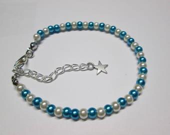 Satin glass beaded bracelet green blue and white