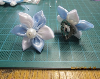 Sky blue and white satin flower clip earring