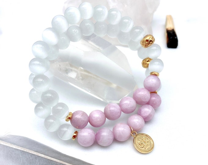 Featured listing image: Lilac Kunzite Mala Bracelet Selenite Lotus Mala Kette Light Energy Sacred Heart Yoga Spiritual Gift Girlfriend Reiki Pink Kunzite Valentines