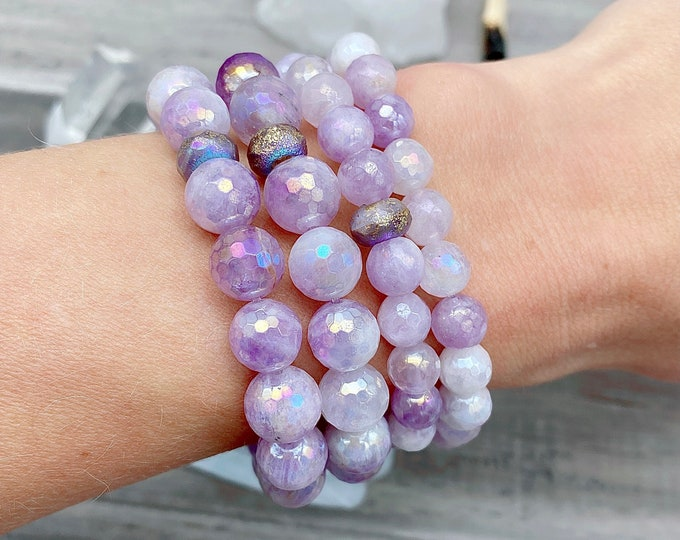 Featured listing image: Lilac Amethyst Angel Aura Mala Bracelet Light Energy Aura Quartz Mala Kette Spiritual Yoga Gift for Her Sacred Geometry Jewerly Empath