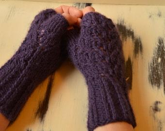 Fingerless gloves, fingerless mittens, hand warmers, mittens in various colours