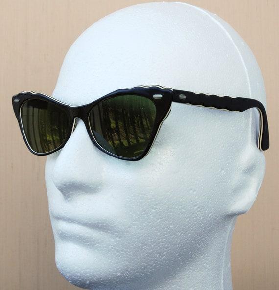 Vintage Austrian Cat Eye Sunglasses with Wavy Temp