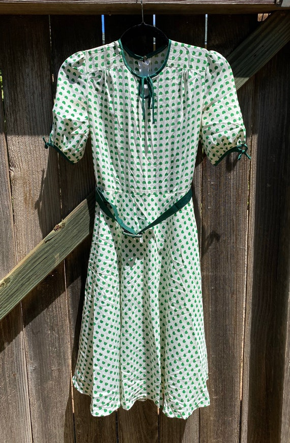 Mod Green Heart Dress 1960s