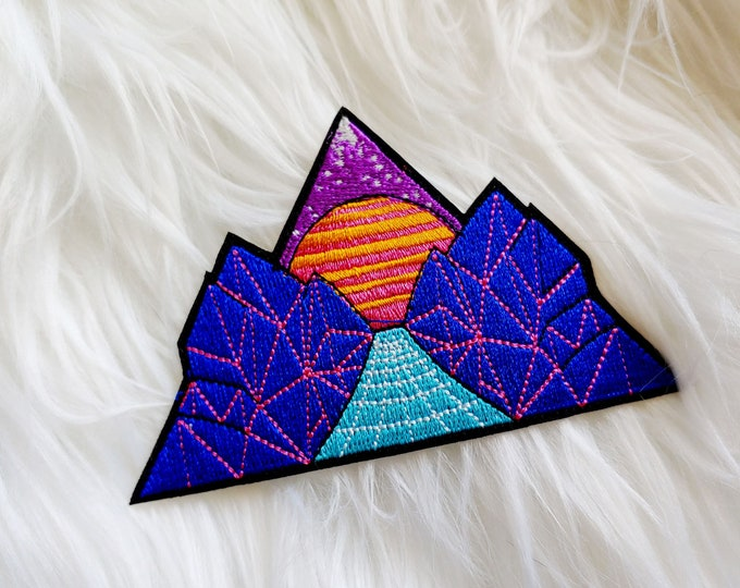 Retro Sunset Iron-on Patch