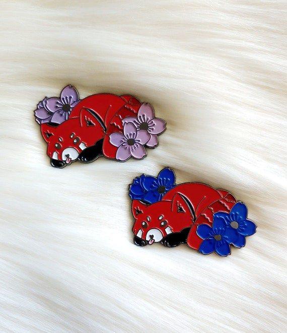 Red Panda Color Changing Thermal Enamel Pin *Seconds Imperfect Pin Deal*