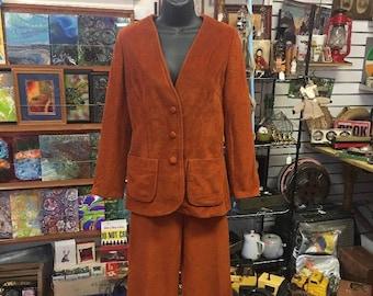 d491b5f7738 Rust colored blazer