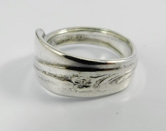 Wildflower Classic Band Silver Spoon Ring
