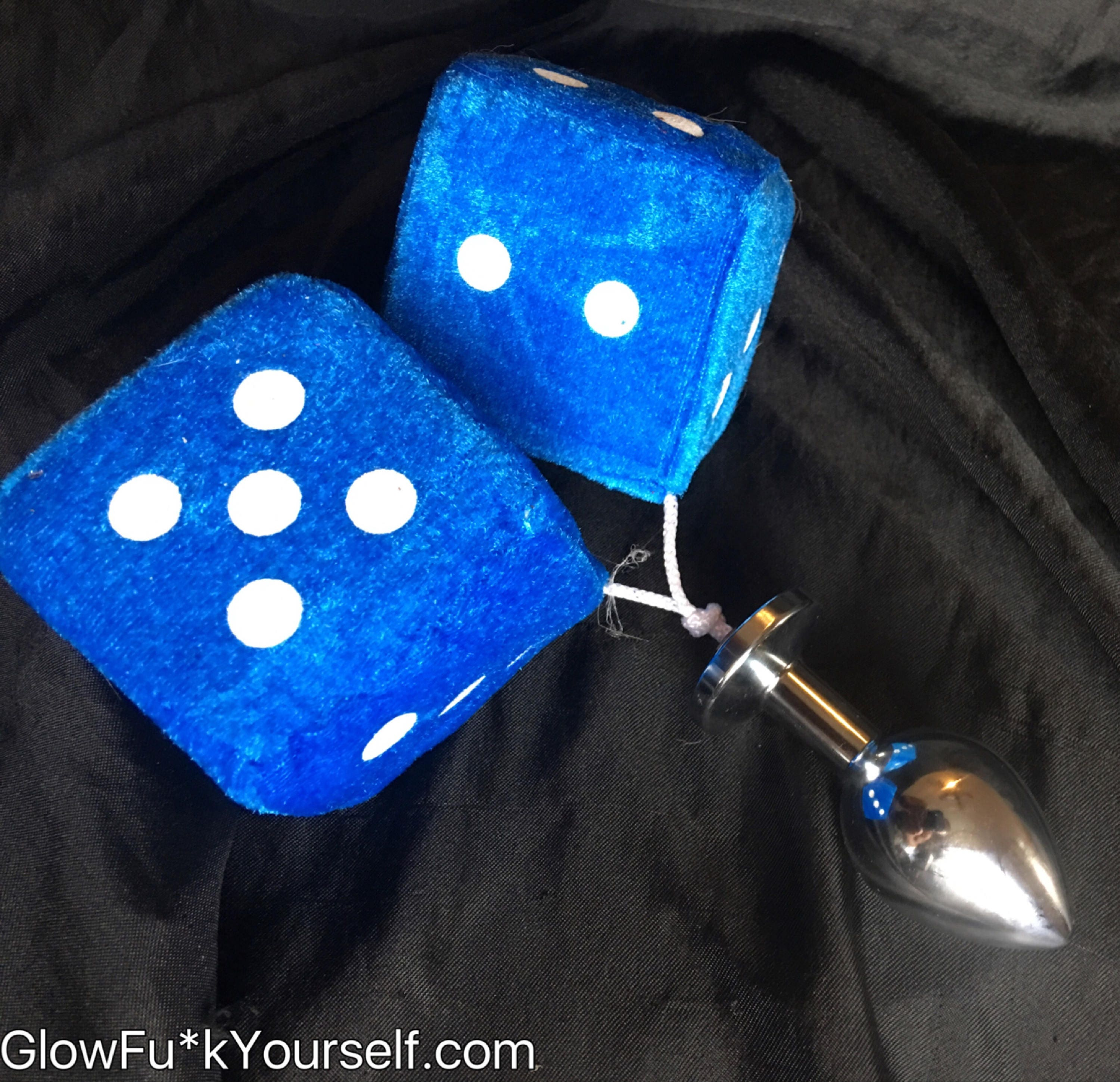 Sweet Smelling Fuzzy Booty Dice Stainless Steel Butt Plug -3002