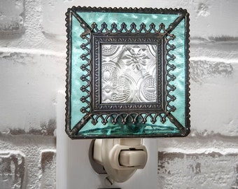 Night Light Decorative Turquoise Blue Stained Glass Home Decor Bathroom Bedroom Baby Gift Girls Room Nursery Kitchen Wall Plug In  Ntl 166