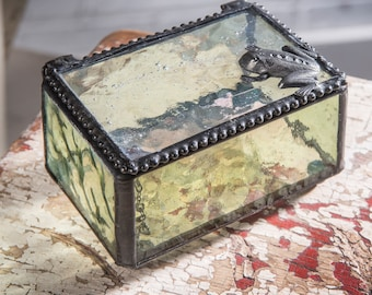 2217296f647 Frog Glass Keepsake Box Gift for Gardener Nature Inspired Jewelry Box  Botanical Embossed Glass Box 174