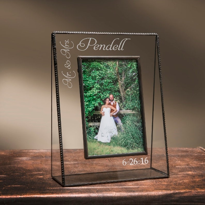 5x7 EP541 Wedding Picture Frame Personalized Engraved Glass Photo Frame Customized Gift Anniversary Newlywed Gift for Couple Mr /& Mrs 4x6