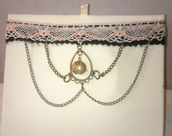 Necklace old lace