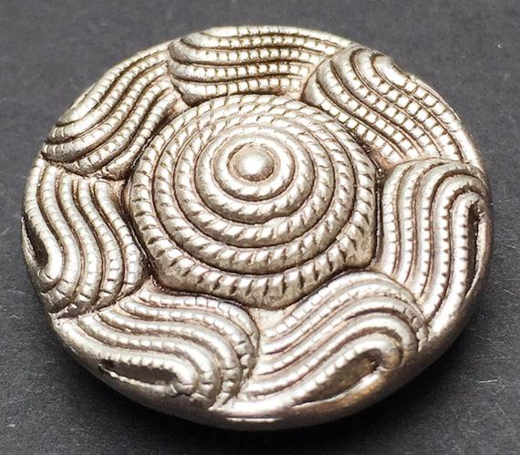 yet rather Strange Vintage Buttons 6 Big 2.3cm Impressive