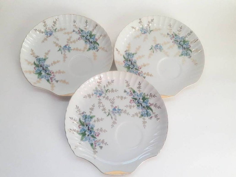 Set of 3 Vintage Yamaka Blue and Pink Floral Gold LeafsScalloped Shell Shaped Gold Rimmed Snack Plates Replacements three
