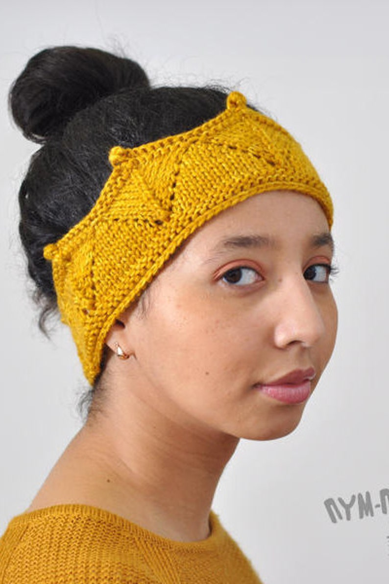 921d7ff36a48e3 Crochet crown headband knitted ear warmer in gold colour queen | Etsy