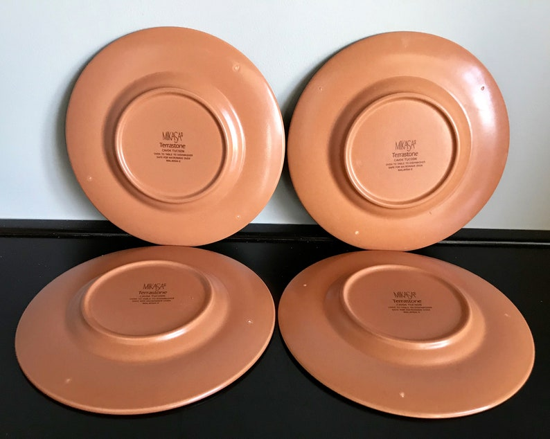 Free Shipping!! Set of 4 Mikasa Terrastone Tucson Bread and Butter Plates