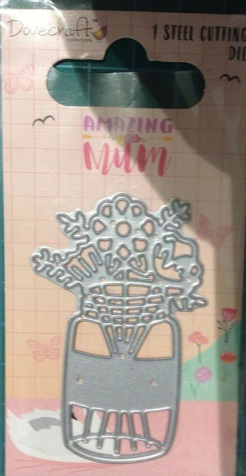 great for Cards or Crafts Borders Dovecraft Die