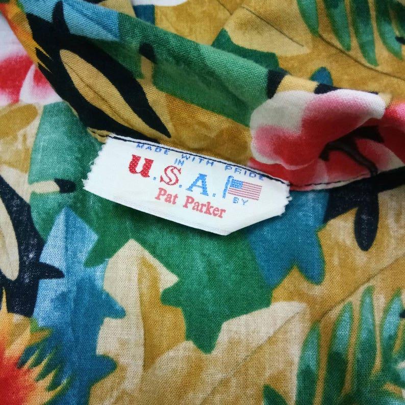 Rare Vintage Pat Parker All Over Print Bird and Flower Hawaii Shirt Fits L Aloha Hawaii