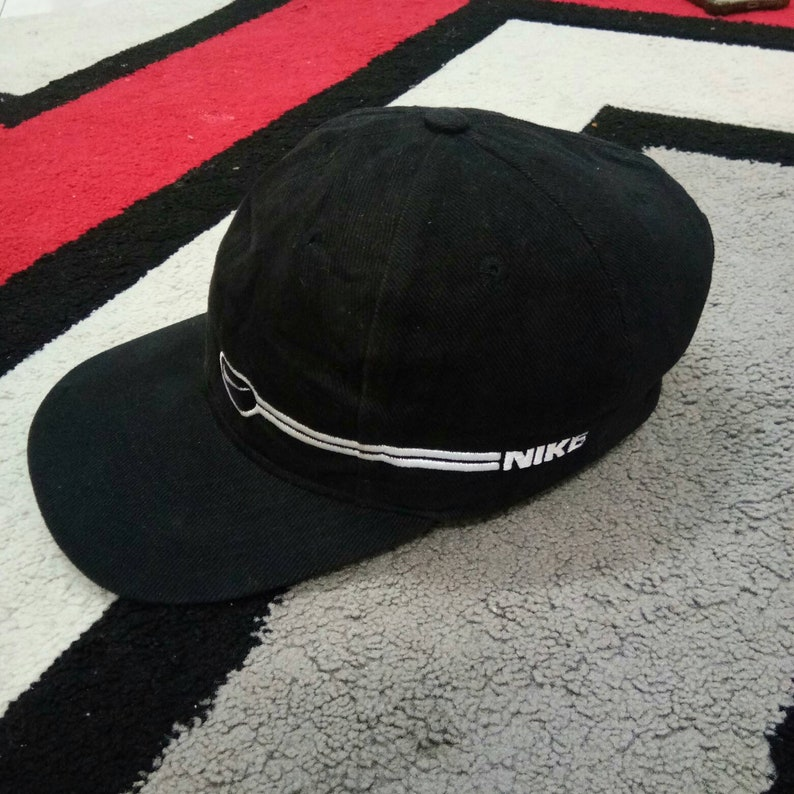 e9647ffd13321 Rare Vintage 90s Nike Cap, One Size Fits All, Nike caps Hats, Nike