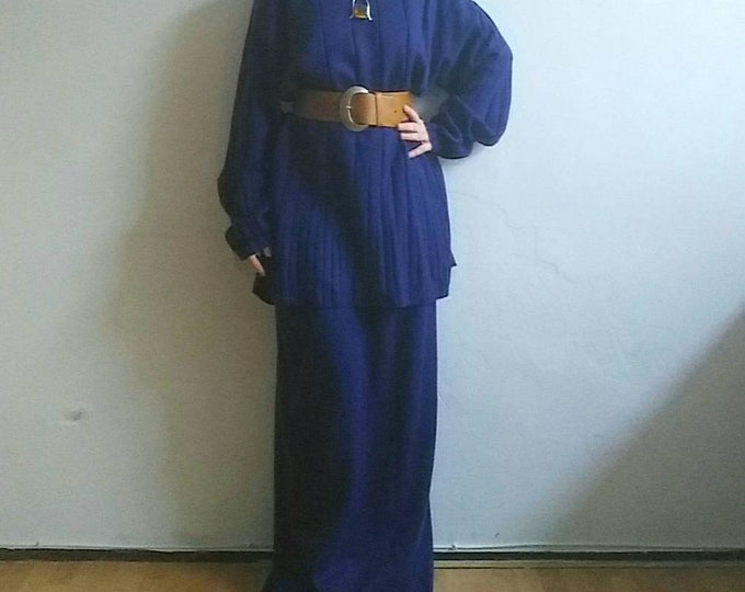 Vintage 70s Two Pieces Dress ~ Blue Sweater and Long Skirt