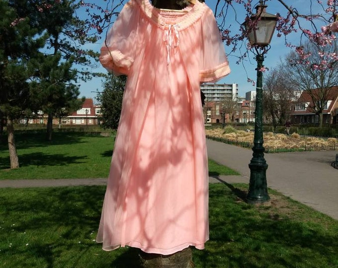 Vintage 60s Dreamy Pink Dress ~ Tulle Dressing Gown and Gown Suit ~ Bell Sleeves and Lace Details ~ New from Dead Stock Romantic Bohemian