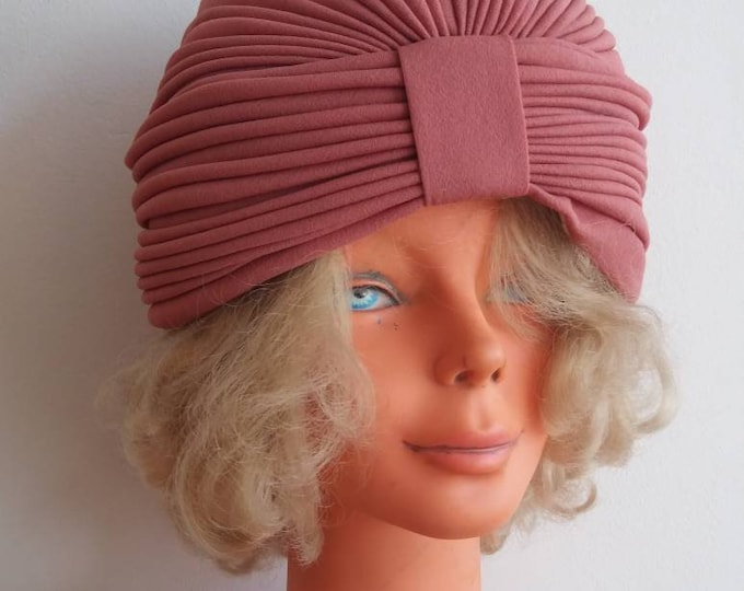 Vintage 60s/70s Turban ~ Dusty Pink Bohemian Chic Handmade Hat ~ Art Decor Style