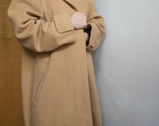 Vintage 80s Camel Coat in Wool and Cachemire